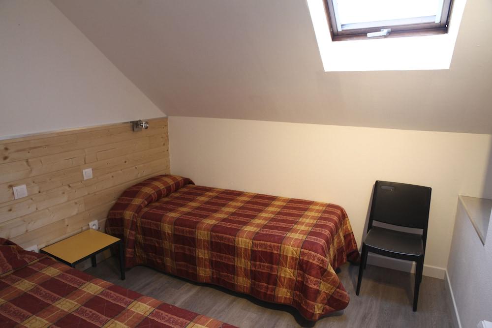 라 페르메 데 바르몽츠(La Ferme Des Barmonts) Hotel Image 10 - Guestroom