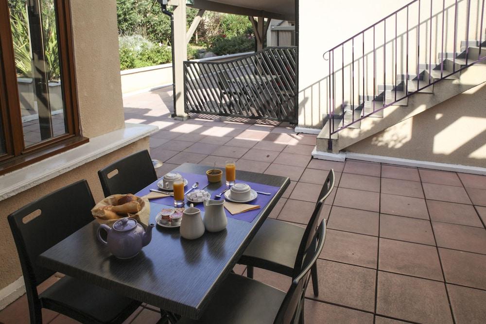 라 페르메 데 바르몽츠(La Ferme Des Barmonts) Hotel Image 3 - Guestroom