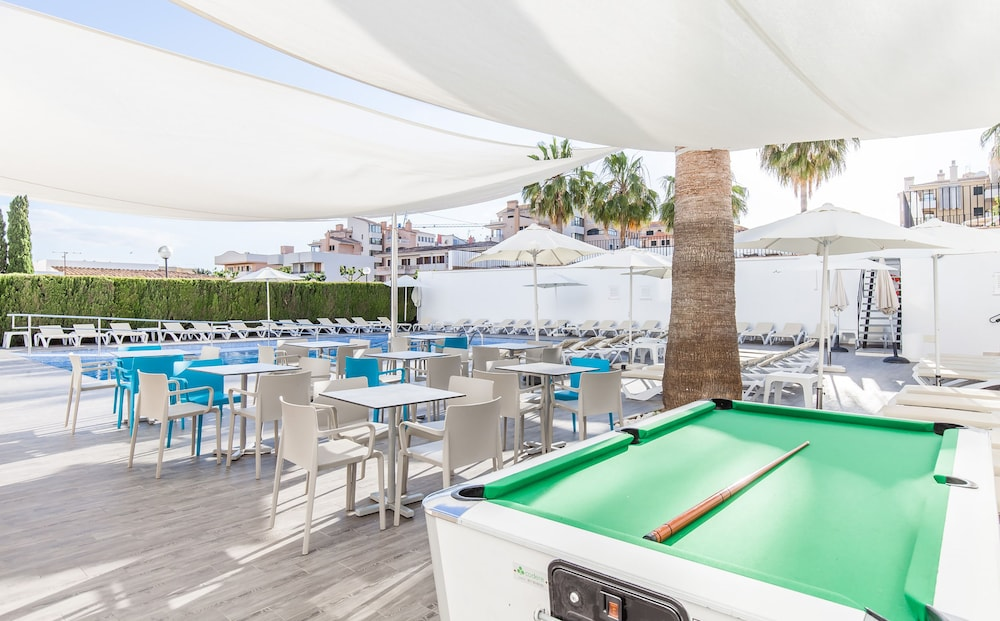 호텔 블루 시 칼라 미요르(Hotel Blue Sea Cala Millor) Hotel Image 35 - Poolside Bar