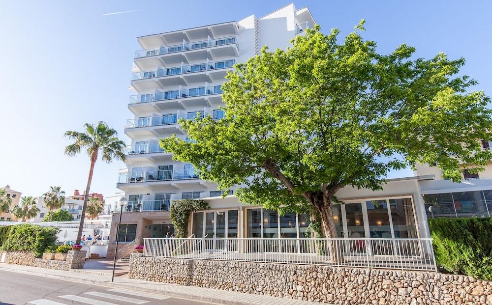 호텔 블루 시 칼라 미요르(Hotel Blue Sea Cala Millor) Hotel Image 40 - Hotel Front