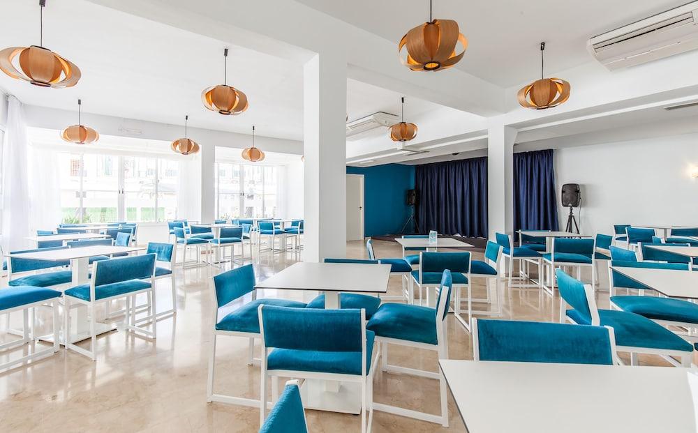 호텔 블루 시 칼라 미요르(Hotel Blue Sea Cala Millor) Hotel Image 31 - Hotel Bar