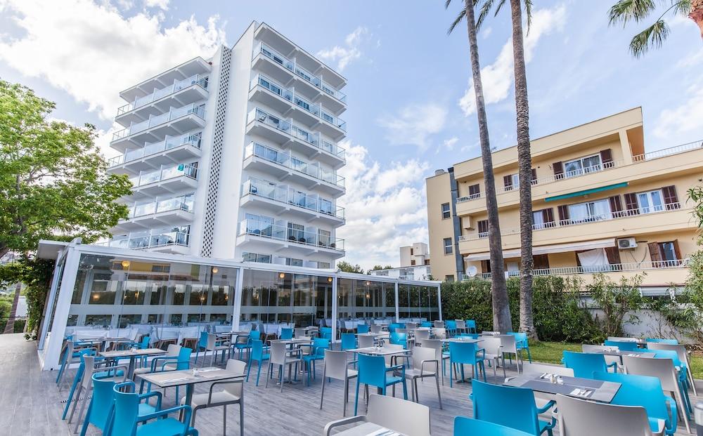 호텔 블루 시 칼라 미요르(Hotel Blue Sea Cala Millor) Hotel Image 32 - Hotel Bar