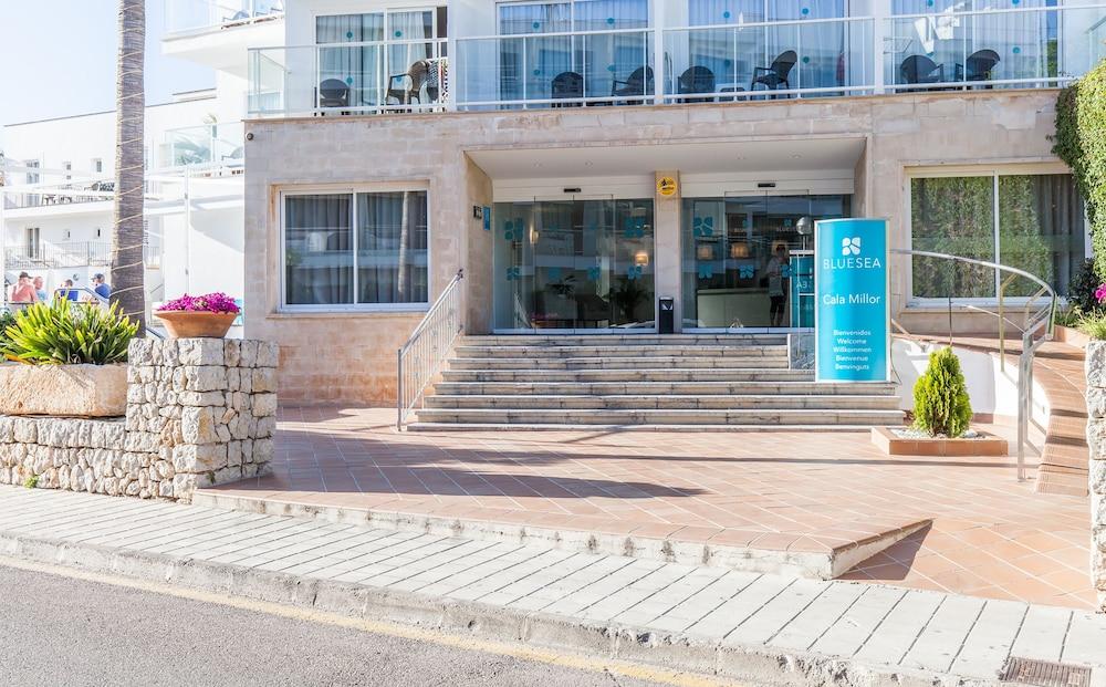 호텔 블루 시 칼라 미요르(Hotel Blue Sea Cala Millor) Hotel Image 42 - Hotel Entrance