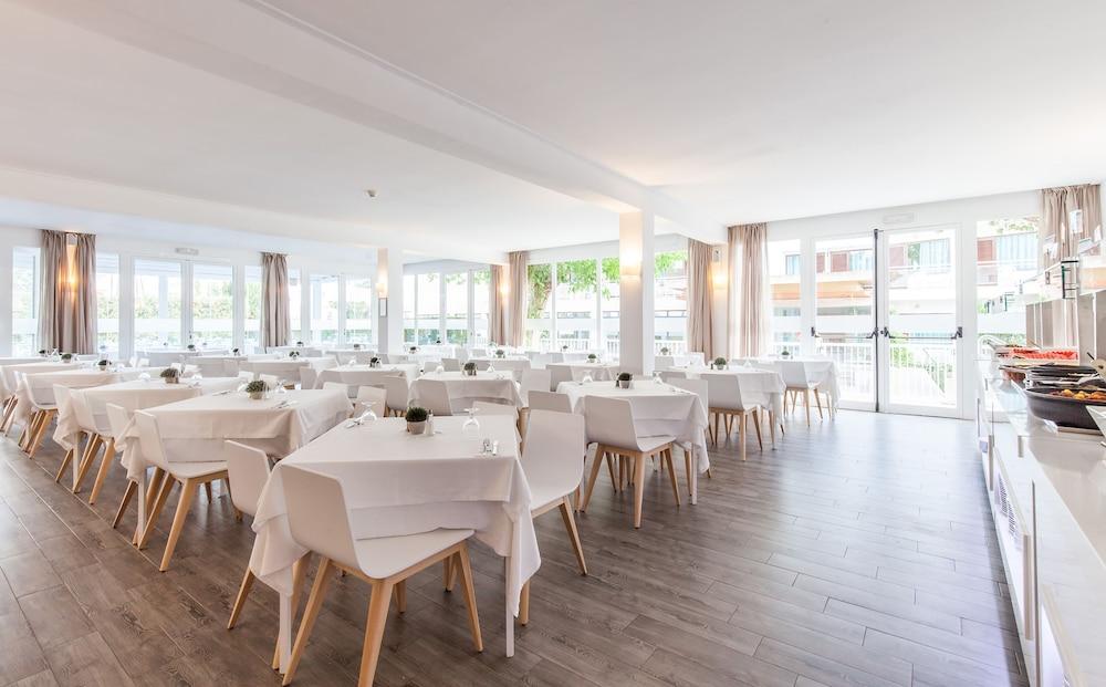 호텔 블루 시 칼라 미요르(Hotel Blue Sea Cala Millor) Hotel Image 26 - Restaurant