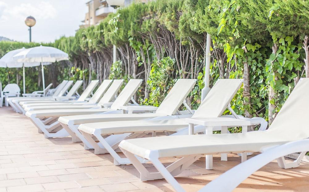 호텔 블루 시 칼라 미요르(Hotel Blue Sea Cala Millor) Hotel Image 2 - Pool