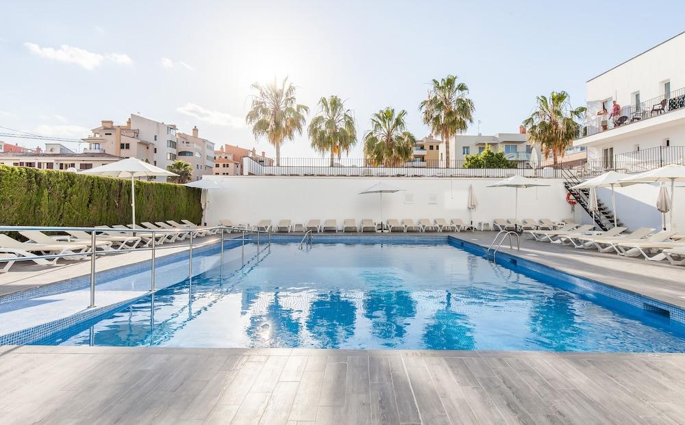 호텔 블루 시 칼라 미요르(Hotel Blue Sea Cala Millor) Hotel Image 19 - Outdoor Pool