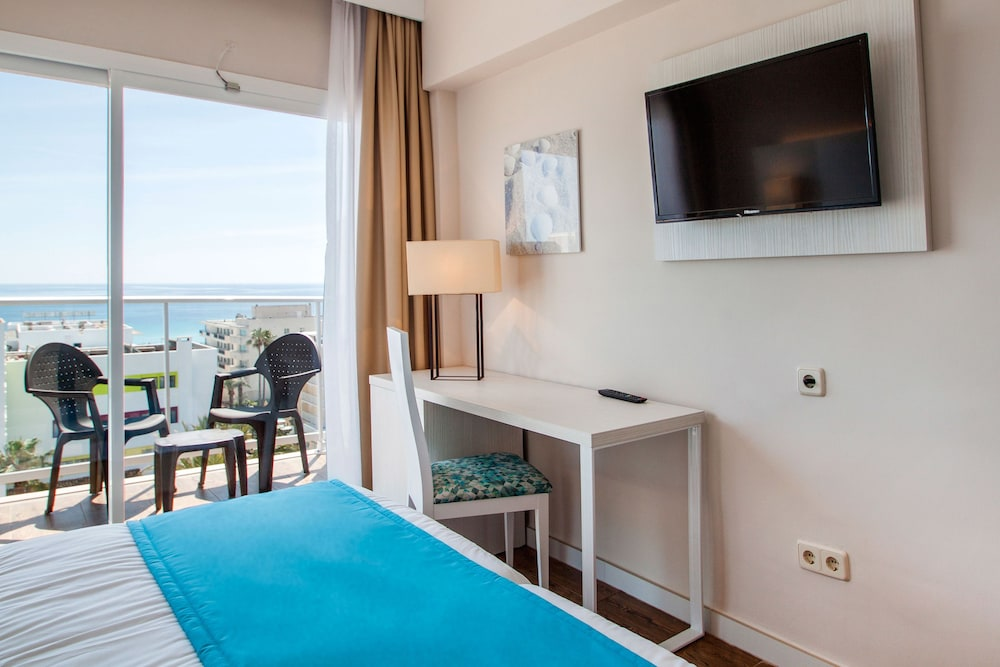 호텔 블루 시 칼라 미요르(Hotel Blue Sea Cala Millor) Hotel Image 7 - Guestroom