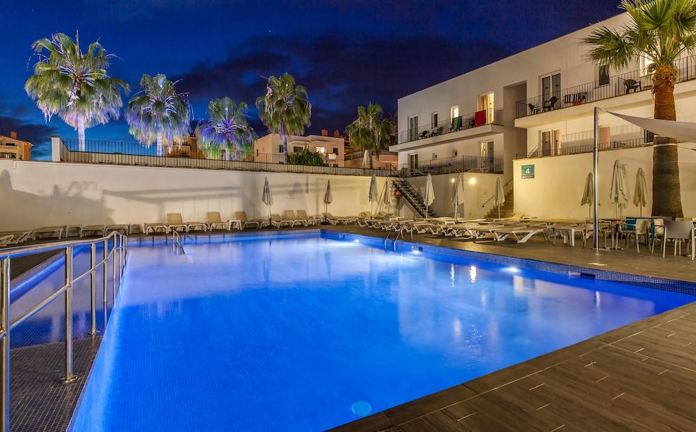 호텔 블루 시 칼라 미요르(Hotel Blue Sea Cala Millor) Hotel Image 23 - Outdoor Pool