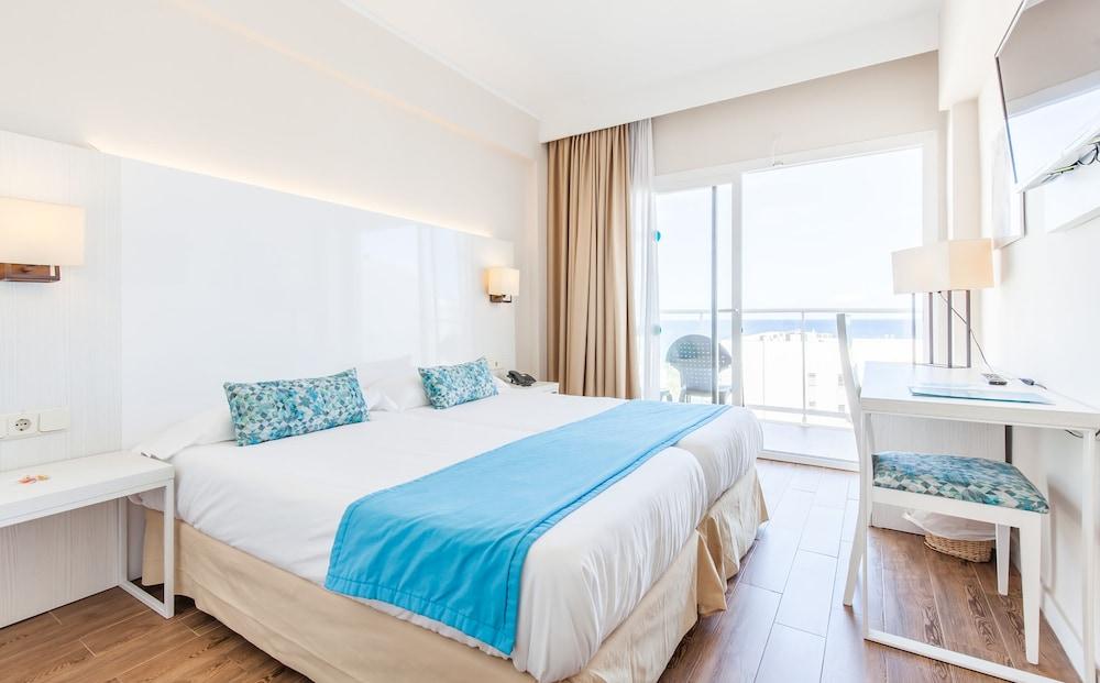 호텔 블루 시 칼라 미요르(Hotel Blue Sea Cala Millor) Hotel Image 8 - Guestroom