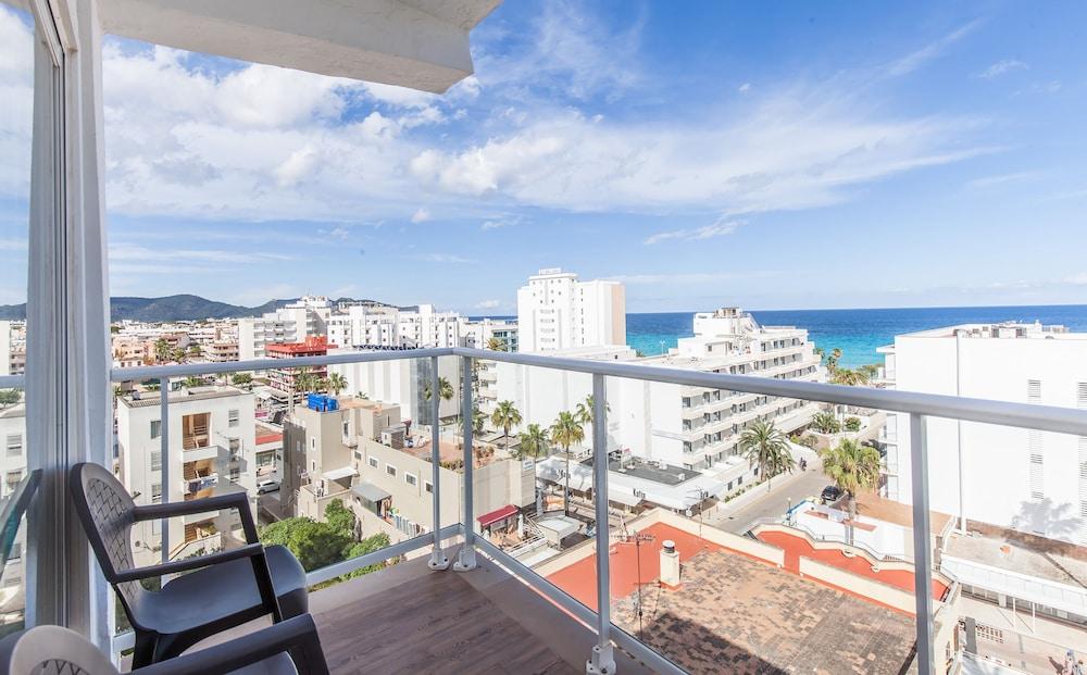 호텔 블루 시 칼라 미요르(Hotel Blue Sea Cala Millor) Hotel Image 11 - Balcony