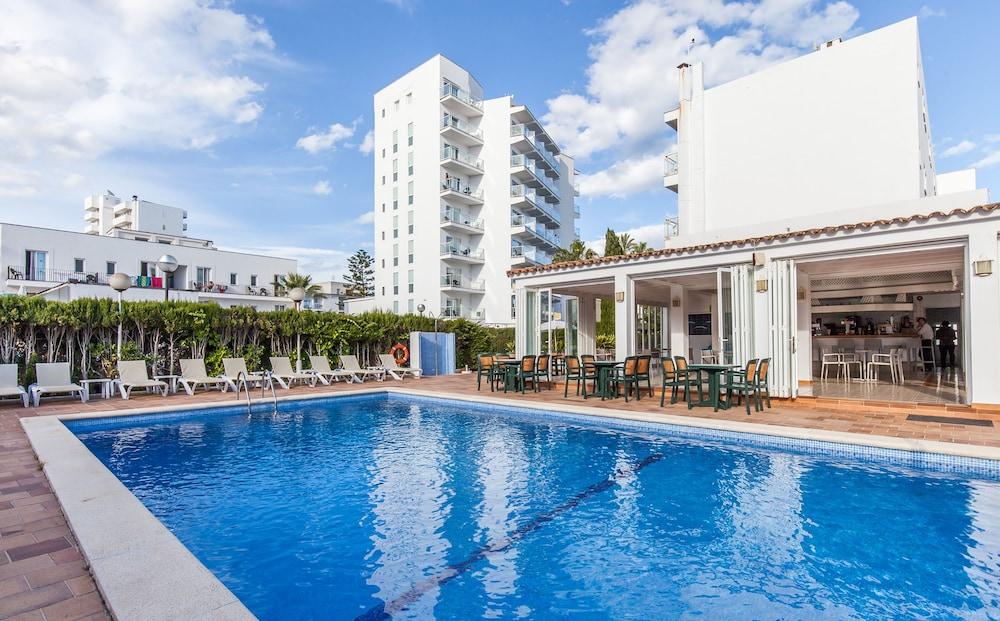 호텔 블루 시 칼라 미요르(Hotel Blue Sea Cala Millor) Hotel Image 24 - Outdoor Pool