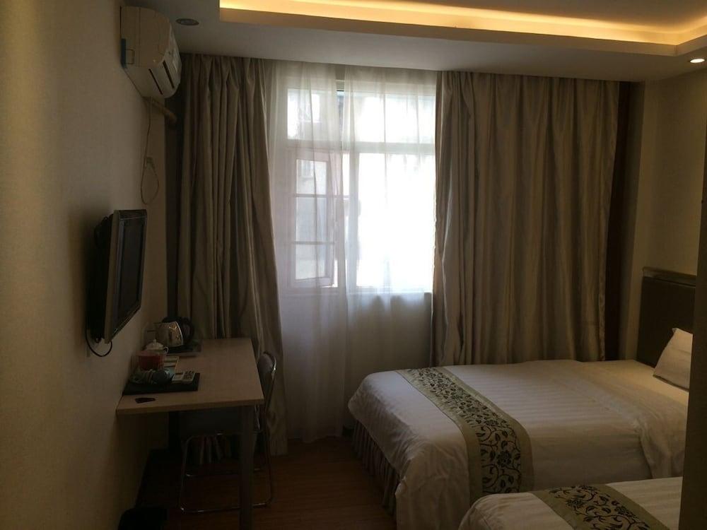 광저우 밍홍 호텔-시완(Guangzhou Minghong Hotel -Xiwan) Hotel Image 6 - Guestroom