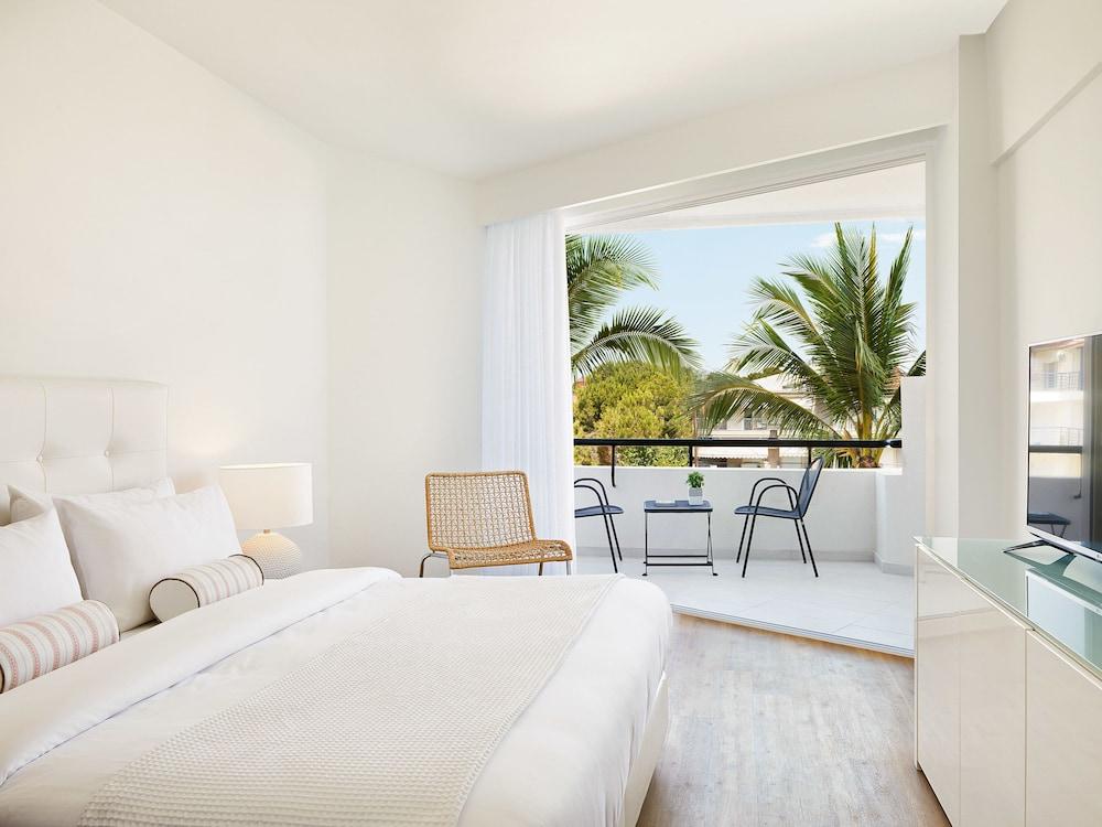 그레코텔 펠라 비치(Grecotel Pella Beach) Hotel Image 11 - Guestroom