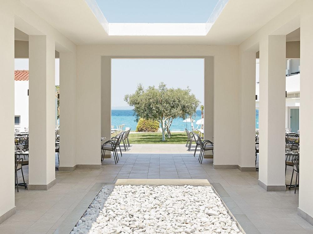 그레코텔 펠라 비치(Grecotel Pella Beach) Hotel Image 49 - Food and Drink