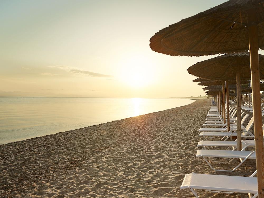그레코텔 펠라 비치(Grecotel Pella Beach) Hotel Image 53 - Beach