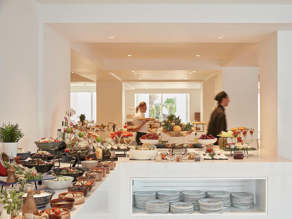 그레코텔 펠라 비치(Grecotel Pella Beach) Hotel Image 50 - Food and Drink