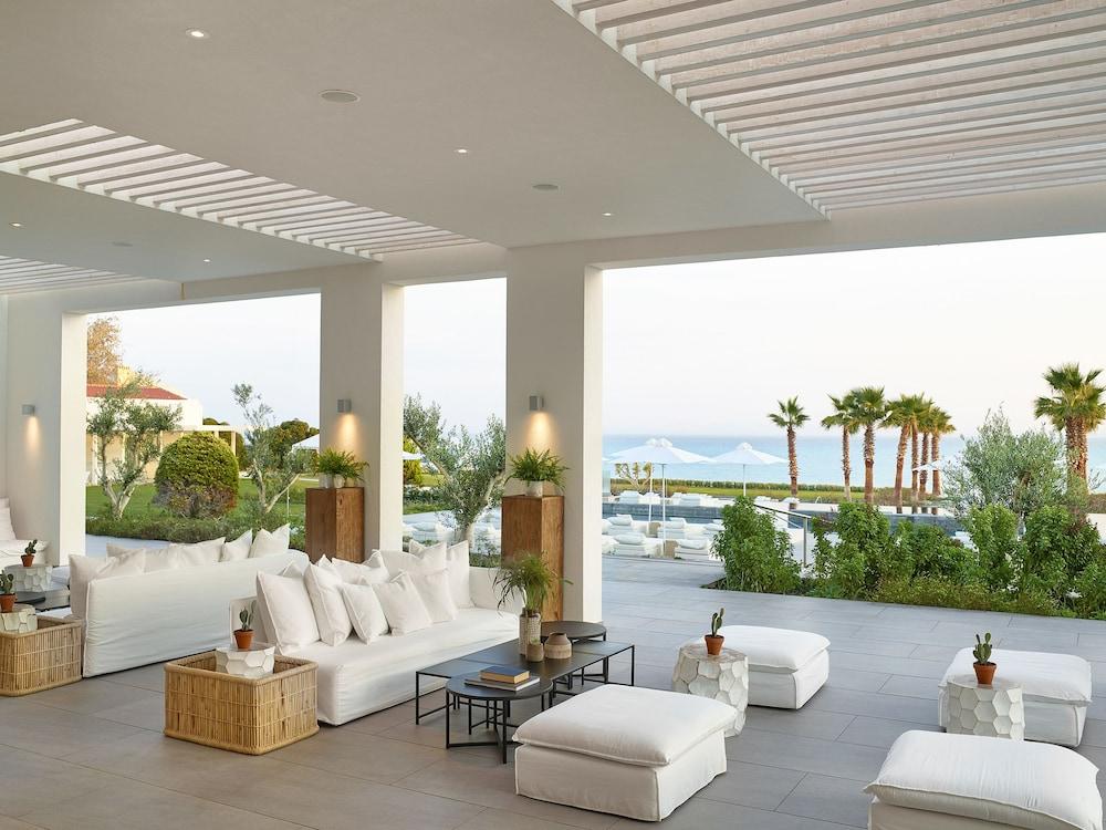 그레코텔 펠라 비치(Grecotel Pella Beach) Hotel Image 3 - Lobby Sitting Area