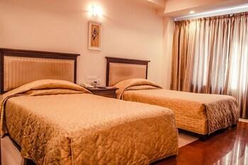 호텔 앰비언스 이그제큐티브(Hotel Ambience Executive) Hotel Image 9 - Living Area