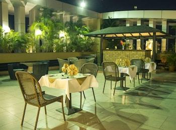 호텔 앰비언스 이그제큐티브(Hotel Ambience Executive) Hotel Image 22 - Terrace/Patio
