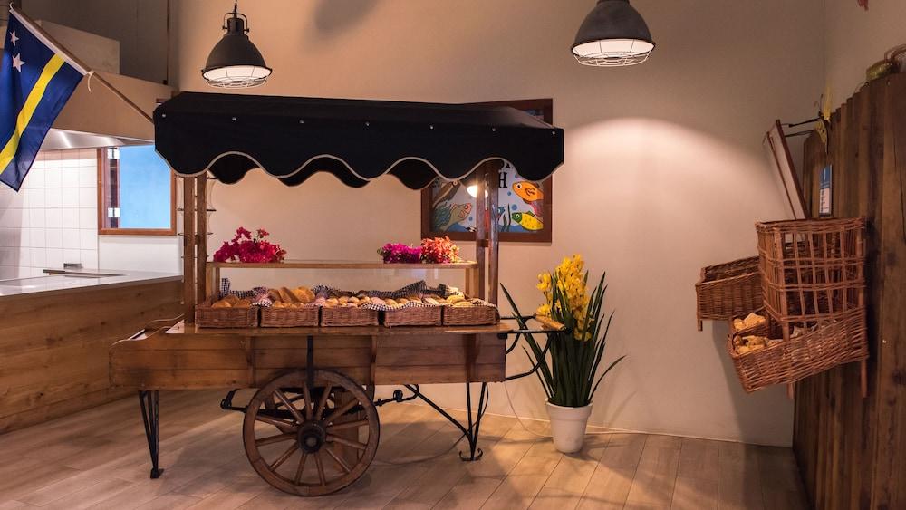 쿠누쿠 아쿠아 리조트 - 올인클루시브(Kunuku Aqua Resort - All Inclusive) Hotel Image 56 - Food and Drink