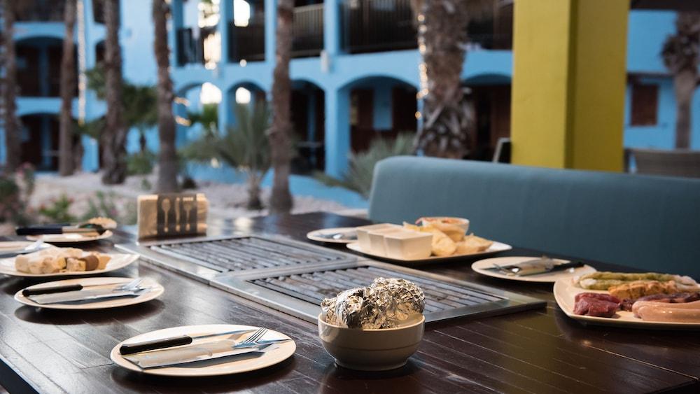 쿠누쿠 아쿠아 리조트 - 올인클루시브(Kunuku Aqua Resort - All Inclusive) Hotel Image 90 - Outdoor Dining