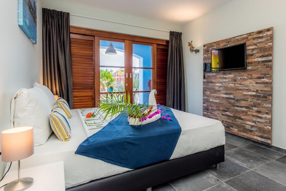 쿠누쿠 아쿠아 리조트 - 올인클루시브(Kunuku Aqua Resort - All Inclusive) Hotel Image 19 - Minibar
