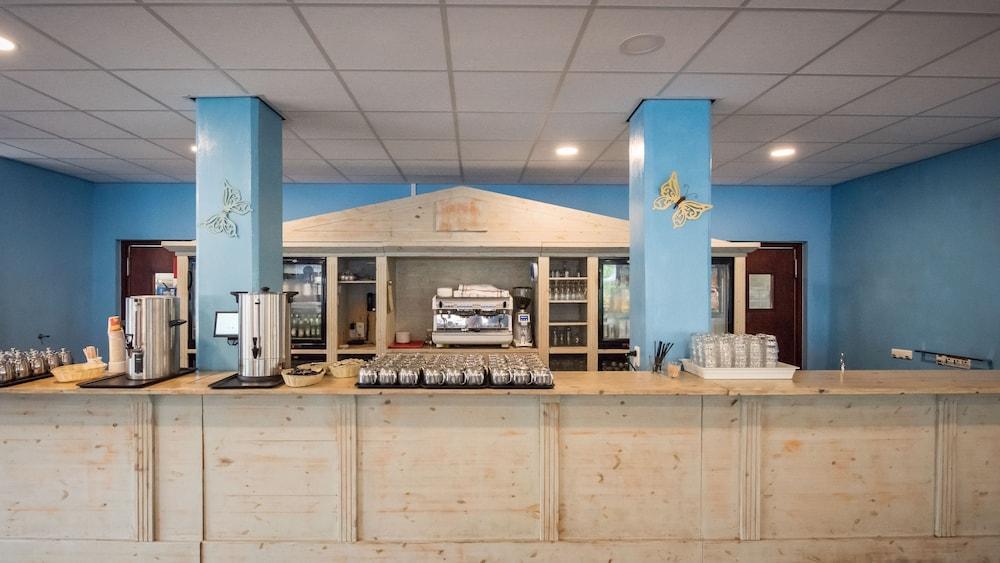 쿠누쿠 아쿠아 리조트 - 올인클루시브(Kunuku Aqua Resort - All Inclusive) Hotel Image 51 - Dining