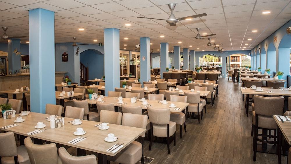 쿠누쿠 아쿠아 리조트 - 올인클루시브(Kunuku Aqua Resort - All Inclusive) Hotel Image 53 - Dining