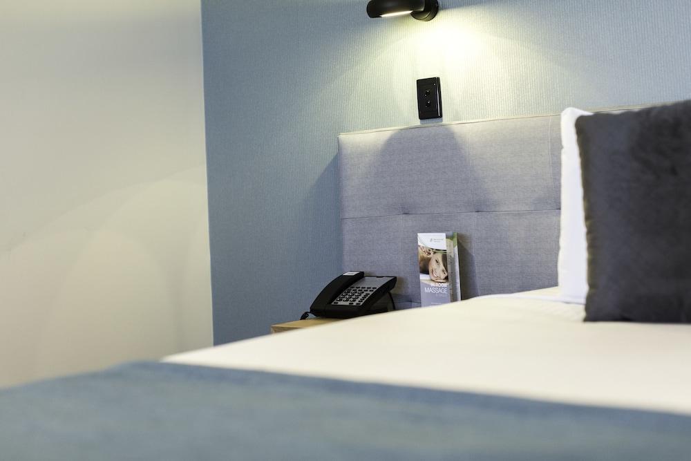 메르큐르 멜버른 캐롤라인스프링스(Mercure Melbourne Caroline Springs) Hotel Image 5 - Guestroom