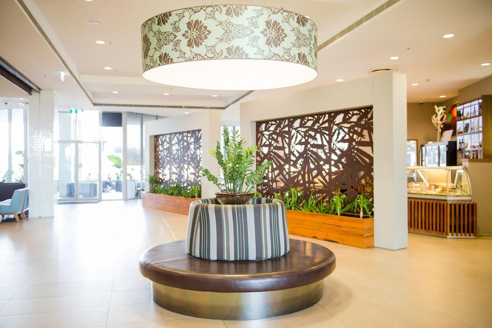 메르큐르 멜버른 캐롤라인스프링스(Mercure Melbourne Caroline Springs) Hotel Image 1 - Lobby