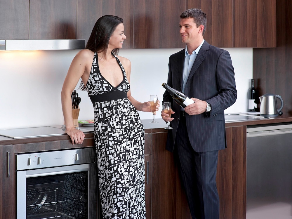 메르큐르 멜버른 캐롤라인스프링스(Mercure Melbourne Caroline Springs) Hotel Image 4 - Guestroom