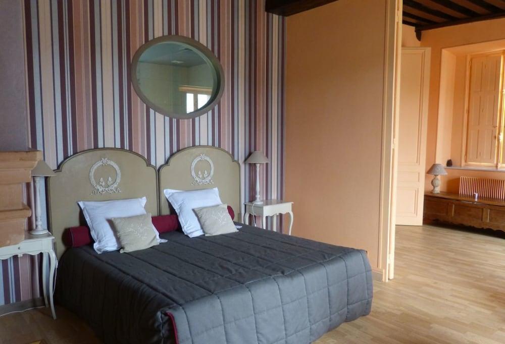 르 를레 루이스 XI(Le Relais Louis XI) Hotel Image 10 - Guestroom