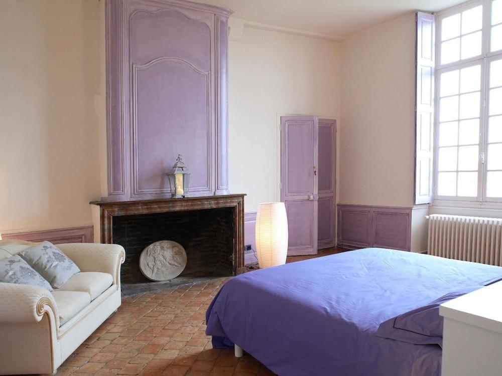 르 를레 루이스 XI(Le Relais Louis XI) Hotel Image 16 - Guestroom