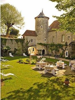 르 를레 루이스 XI(Le Relais Louis XI) Hotel Image 47 - Courtyard