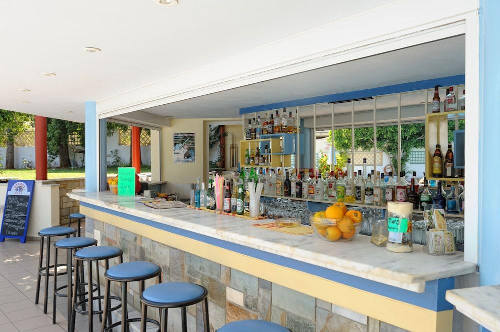 멜리사 아파트먼트(Melissa Apartments) Hotel Image 42 - Snack Bar