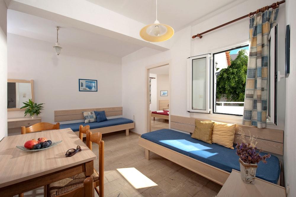 멜리사 아파트먼트(Melissa Apartments) Hotel Image 3 - Guestroom