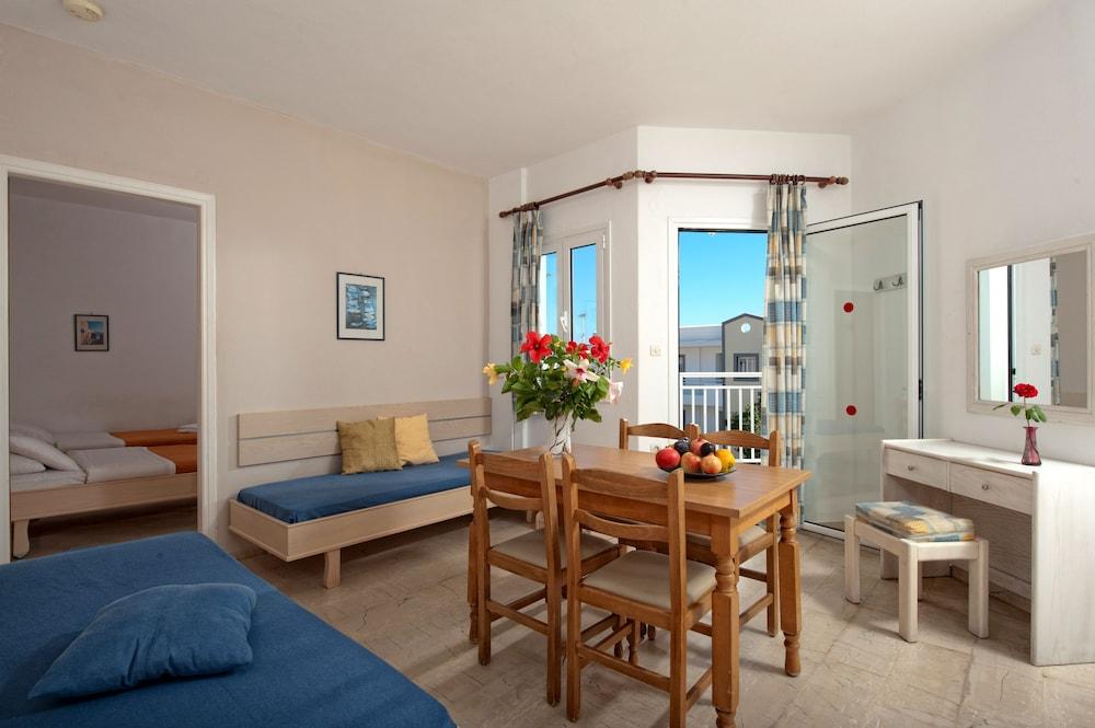 멜리사 아파트먼트(Melissa Apartments) Hotel Image 5 - Guestroom