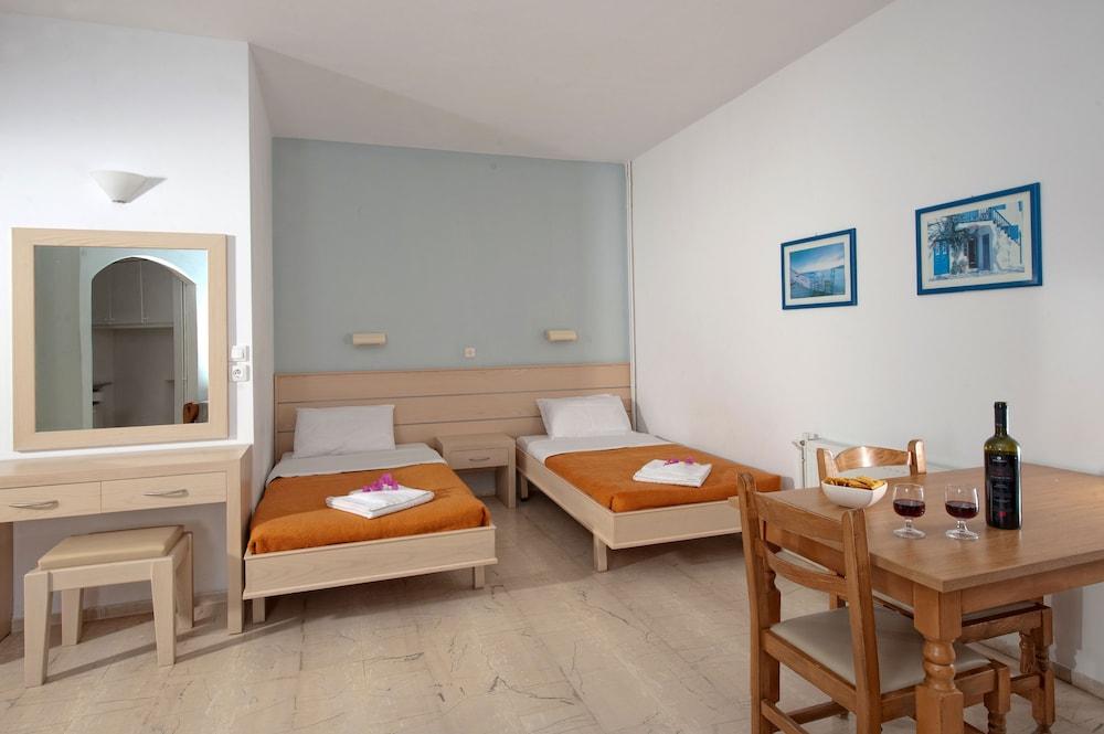 멜리사 아파트먼트(Melissa Apartments) Hotel Image 10 - Guestroom