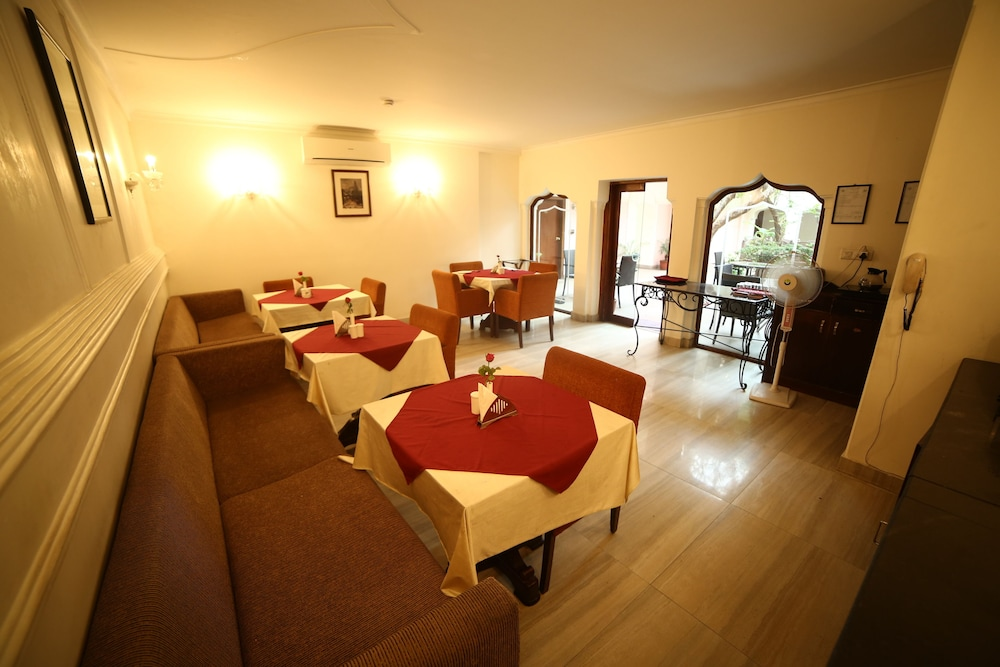 수리아우다이 하벨리 - 언 암리타라 리조트(Suryauday Haveli - An Amritara Resort) Hotel Image 14 - Breakfast Area