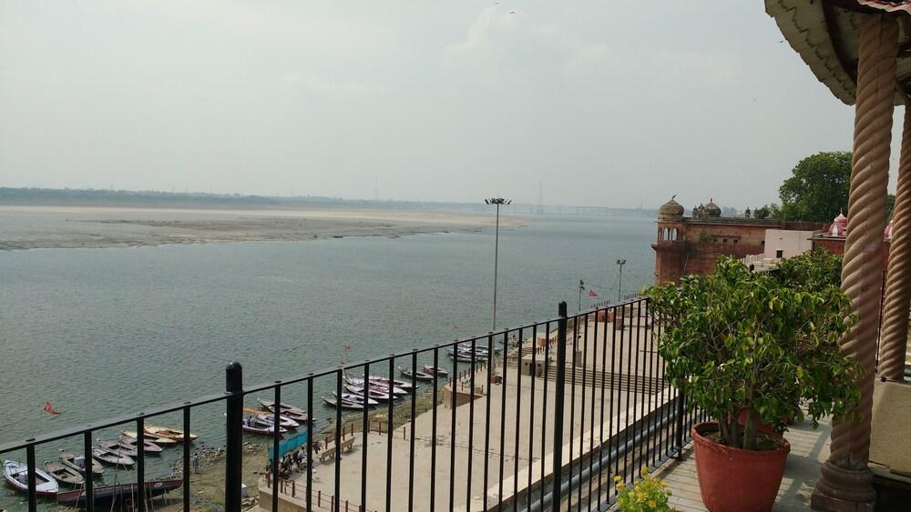 수리아우다이 하벨리 - 언 암리타라 리조트(Suryauday Haveli - An Amritara Resort) Hotel Image 1 - View from Hotel