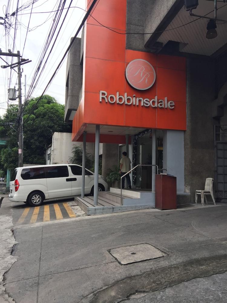 로빈즈데일 레지던스(Robbinsdale Residences) Hotel Image 0 - Featured Image
