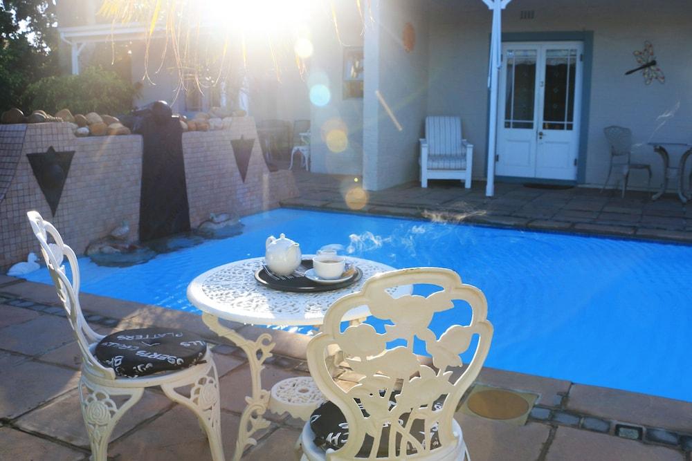 파라디소 게스트 하우스(Paradiso Guest House) Hotel Image 37 - Outdoor Pool