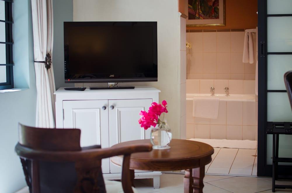파라디소 게스트 하우스(Paradiso Guest House) Hotel Image 36 - Guestroom