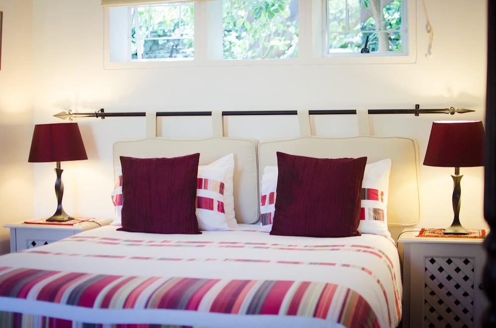 파라디소 게스트 하우스(Paradiso Guest House) Hotel Image 9 - Guestroom
