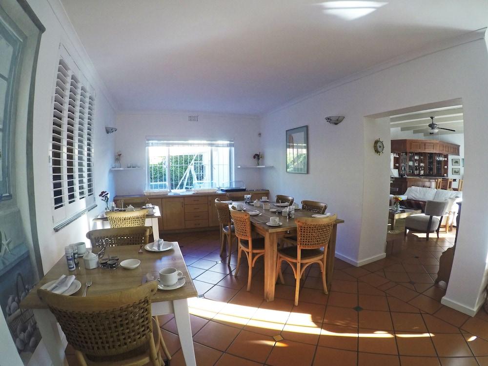 파라디소 게스트 하우스(Paradiso Guest House) Hotel Image 40 - Breakfast Area
