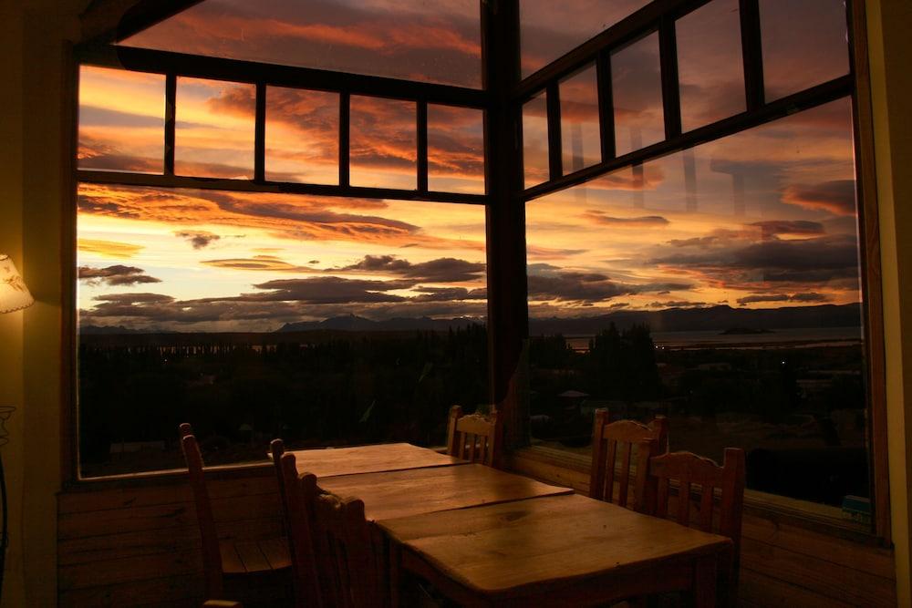 아메리카 델 수르 호스텔 엘 칼라파테(America del Sur Hostel El Calafate) Hotel Image 47 - View from Hotel