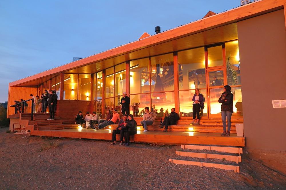 아메리카 델 수르 호스텔 엘 칼라파테(America del Sur Hostel El Calafate) Hotel Image 45 - Porch