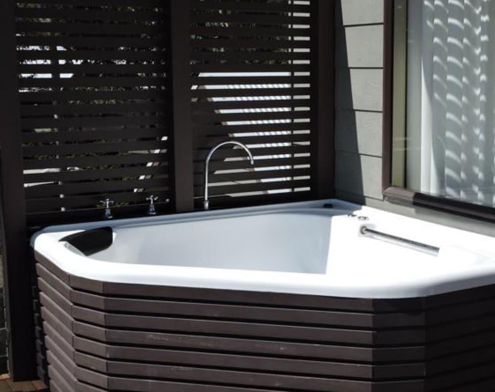 허미티지 로지(Hermitage Lodge) Hotel Image 26 - Bathroom