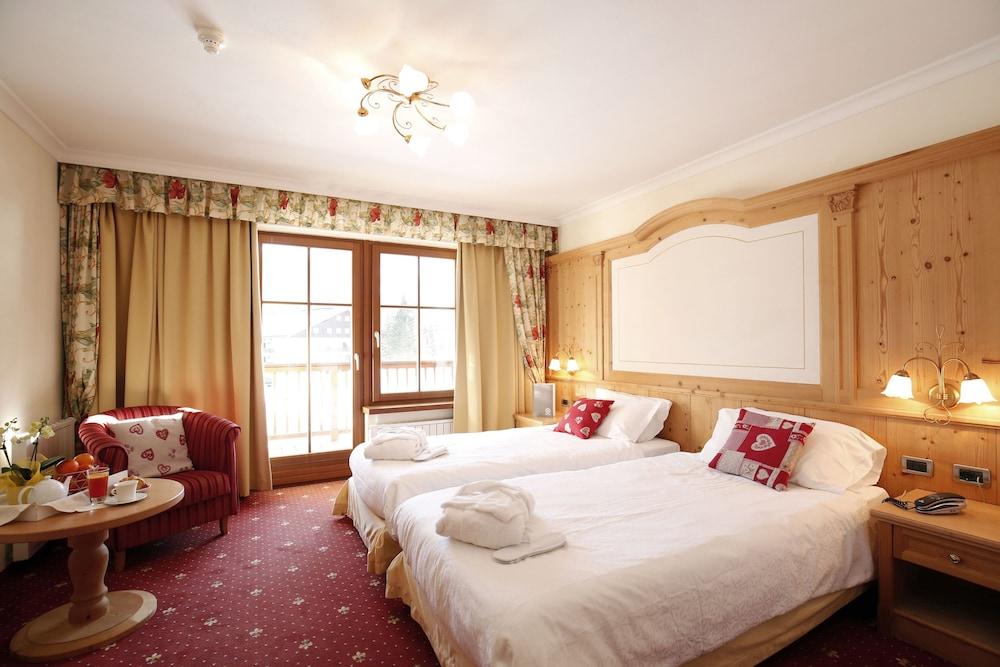 TH 코르바라 - 그라이프 호텔(TH Corvara - Greif Hotel) Hotel Image 12 - Guestroom
