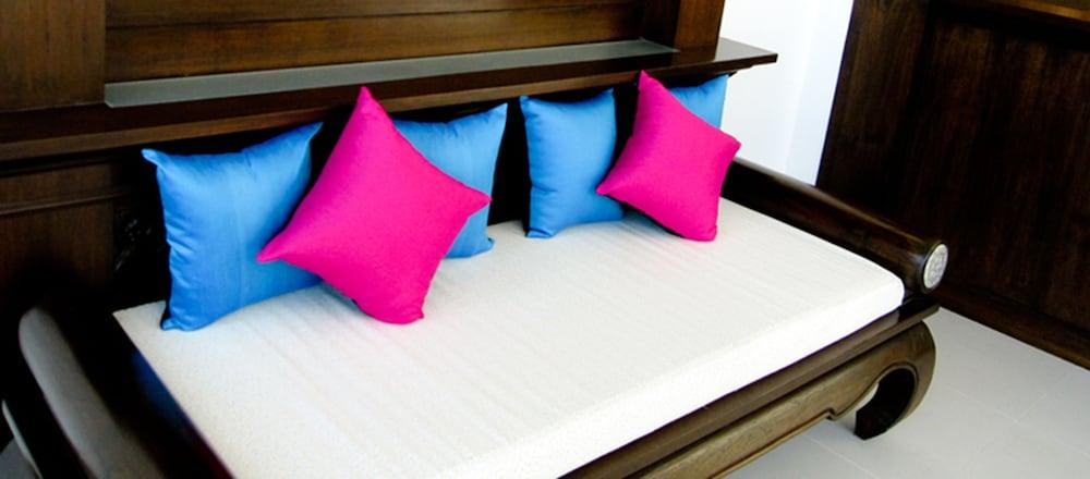 니차 후아인 호텔(Nicha Hua Hin Hotel) Hotel Image 50 - Childrens Area